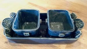 petit plat rectangulaire en céramique bleu