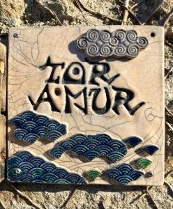 plaque décorative de l'atelier poterie Toramur