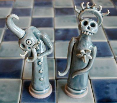 poterie Toramur échiquier roi reine verts